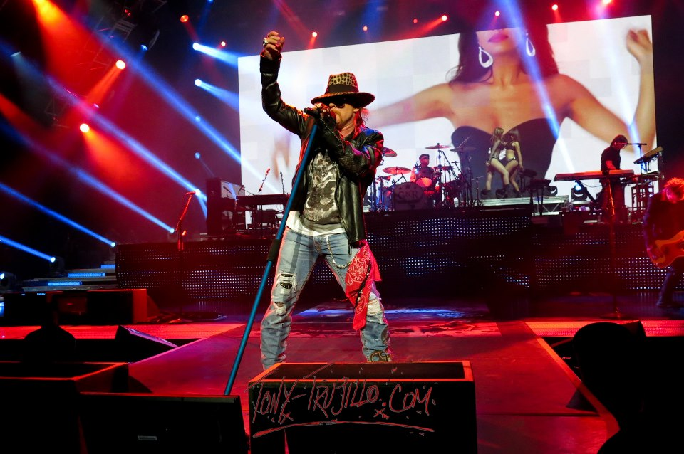 vegas guns and roses